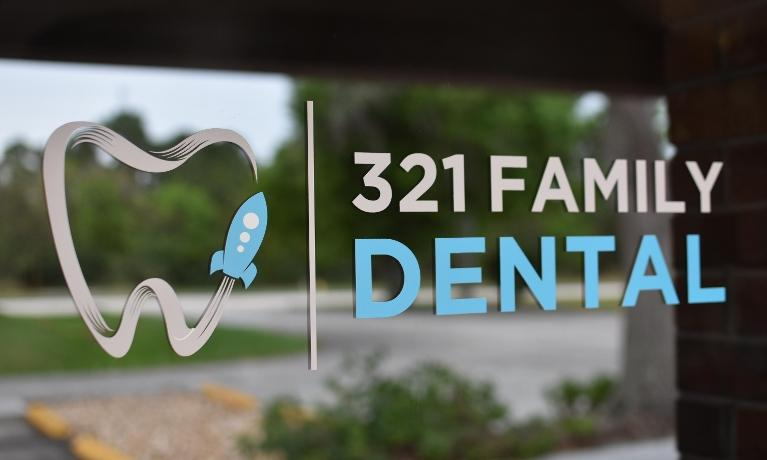321 Family Dental Front Door Decal